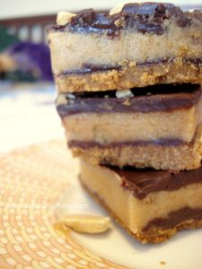 PEANUT BUTTER AND CHOCOLATE SQUARES